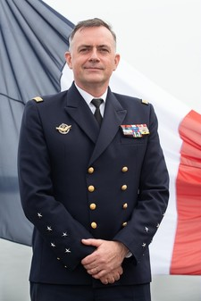 photo officielle cemm amiral pierre vandier article demi colonne